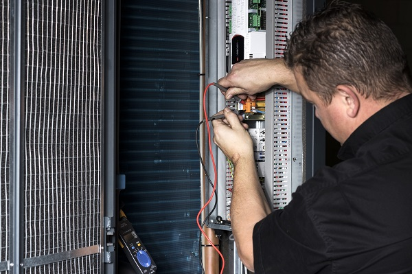 DE WIT datacenterkoeling-monteur-service